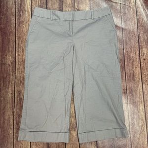 Limited Cassidy Fit Gray Capris